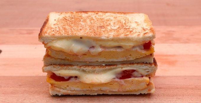 Cheese Eggs Sandwich | Easy Breakfast Recipe | Easy Recipes | 1 Minute, 3 Ingredient